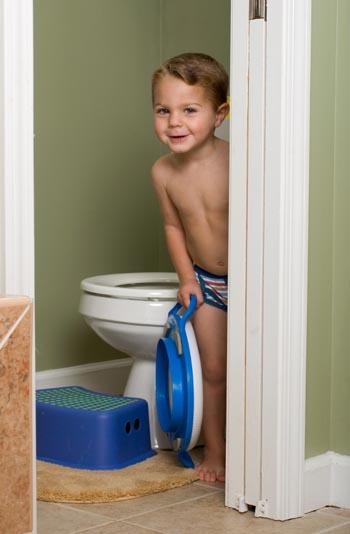 Bath bathing diaper naked peeing potty tub